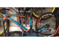 Mountain bike carbon fibre tropix frame