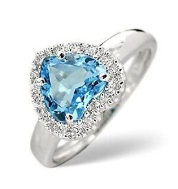 [REDUCED AGAIN] 18carat White Gold Ring with 1.26CT Blue Topaz and Diamonds