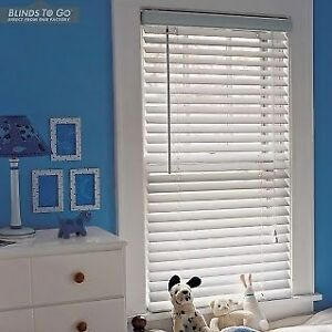 Wood Horizontal Blind in White $40 Gatineau Ottawa / Gatineau Area image 2