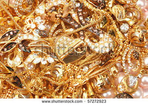 WE GIVE LOANS ON YOUR GOLD.....TOP PRICES PAID!!!