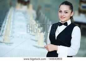 Waitress job for restaurant