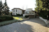 Stunning Mississauga Golf & Country Club Home with Indoor Pool
