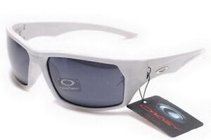 Active Protective Oakley  Sunglasses