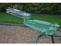 Bowman clay pigeon trap