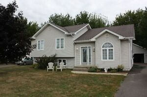 4 Bedroom House for sale 528 Louis St, DIEPPE  NEW PRICE