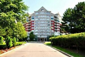 Beautiful 2 Bedroom+2 Bath+Den Condo 10 minutes from Downtown!