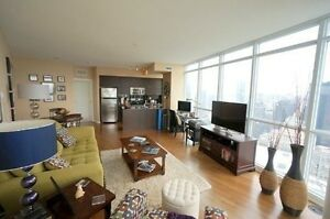 Beautiful 2 Bdr/ 2 Bth Corner Unit at York / Bremner