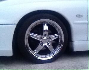 Chrome rims x4 Attwood Hume Area Preview