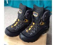 Berghaus *GORETEX* waking / hiking boots