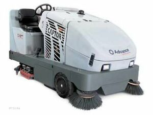 Captor 4300B Warehouse sweeper and parking lot cleaning