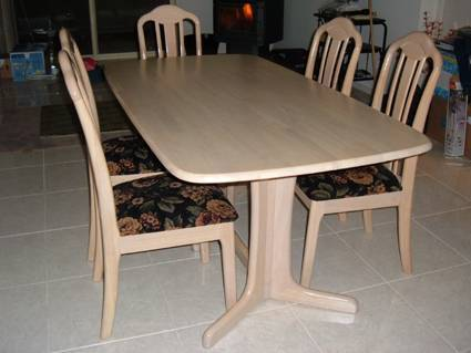 Cream table with  6 chairs Angle Park Port Adelaide Area Preview