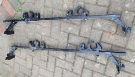 very good condition THULE roof rack