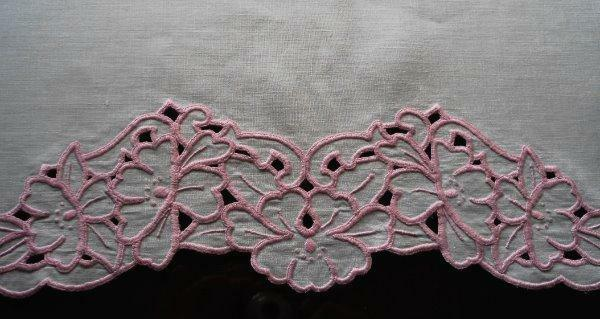 Vintage Linen Dresser Scarf Table Mantel Runner Pink Cutwork Embroidery Floral