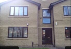 2 Bed ground Floor purpose built Apartment , nice quiet area of Middleton, with parking