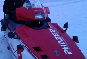 1990 Snowmobile Yamaha Phaser 2