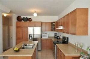 Four Bedroom Detached House For Rent In Richmond Hill