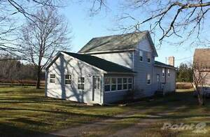 Turnkey B & B Home and 3 Modern Rental Cottages on 50 Acres