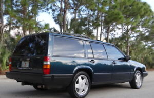 Looking for Volvo 940 or 740 wagon
