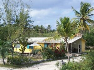 Bungalow 4 sale in stunning Exuma Bahamas near white sand beach