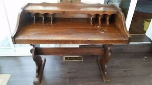 """Beauty of a Desk """"HFX Hoarders and Collectors"""""""
