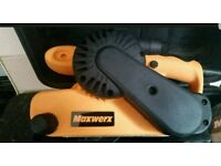 Maxwerx belt sander brand new 900 Watt belt size 76 x 533 mm comes with full carry case