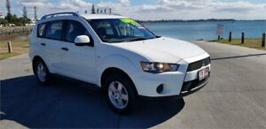 2010 Mitsubishi Outlander ZH MY10 LS White 5 Speed Manual Wagon Cleveland Redland Area Preview