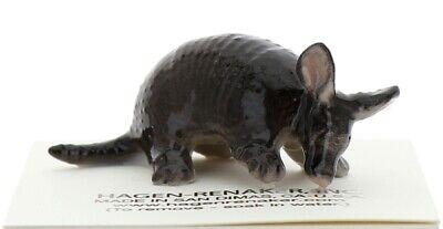 Hagen-Renaker Miniature Ceramic Figurine Tiny Texas Armadillo