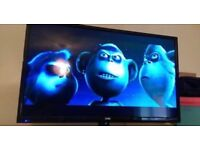 "32""LED VERY SLIM TV 6MONTH OLD ONLY FREEVIEW HD USB WITH REMOTE CAN DELIVER"