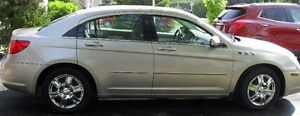 2008 Chrysler Sebring Berline beige PRIX NÉGOCIABLE