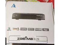 Zgemma h2s satellite receiver boxed
