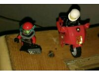 LEGO 2 FIGURES AND A MOTORBIKE