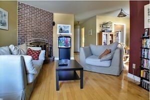 Lovely Townhouse in Kirkland, Renovated, New appliances, Heated
