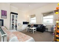 Delightful One Bedroom Flat