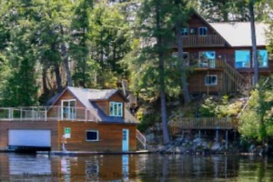 Waterfront Cottage on Lake Muskoka
