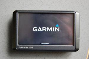 Garmin Nuvi 255w GPS Navigator