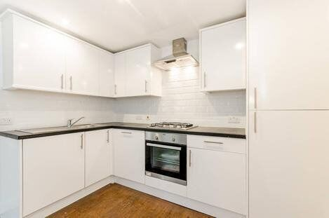 Modern 3 Bedroom Apartment To Let off Green Lanes