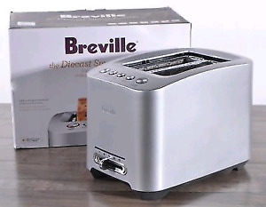 BREVILLE TOASTER AND TEA KETTLE