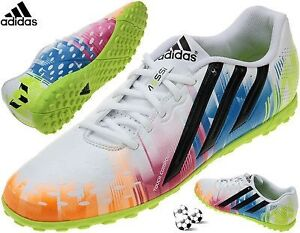 Adidas soccer Messi D67200 comme neufs