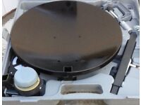 portable satellite dish and box for caravan like new