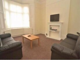 £50-£75pw Sunderland City Center/ Uni Spacious Room furnished for Student & Professional