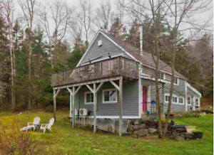 BEACH HOUSE FOR RENT in Bayswater beach $1000.00 mo