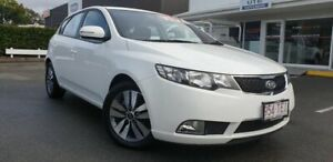2012 Kia Cerato TD MY13 SI Clear White 6 Speed Sports Automatic Hatchback Currimundi Caloundra Area Preview