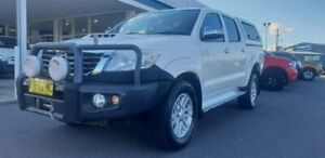 2014 Toyota Hilux KUN26R MY14 SR5 Double Cab White 5 Speed Automatic Utility Goulburn Goulburn City Preview