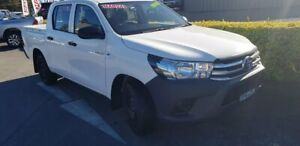 2017 Toyota Hilux GUN122R Workmate Double Cab 4x2 White 5 Speed Manual Utility Taylors Beach Port Stephens Area Preview