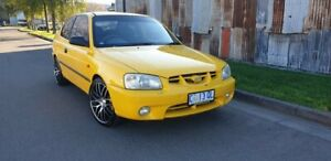 2002 Hyundai Accent LC GL Yellow 5 Speed Manual Hatchback Invermay Launceston Area Preview