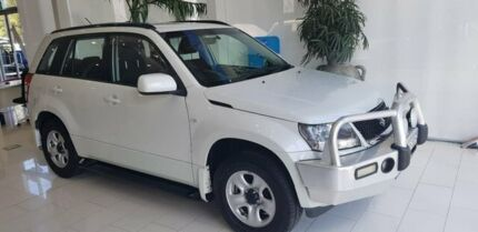 2010 Suzuki Grand Vitara JB MY09 Prestige White 4 Speed Automatic Wagon Taylors Beach Port Stephens Area Preview