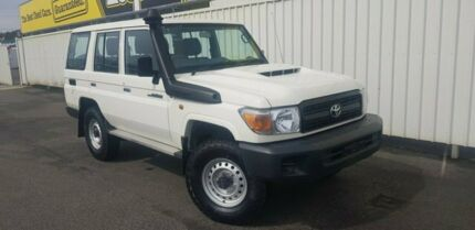 2018 Toyota Landcruiser VDJ76R Workmate White 5 Speed Manual Wagon South Burnie Burnie Area Preview