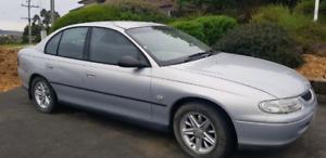 Vt Commodore sedan