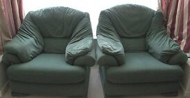 Very comfortable green 3 seater Contour sofa/settee and 2 matching armchairs