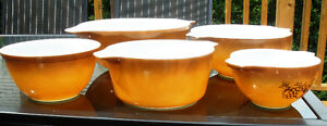 Pyrex Old Orchard Harvest